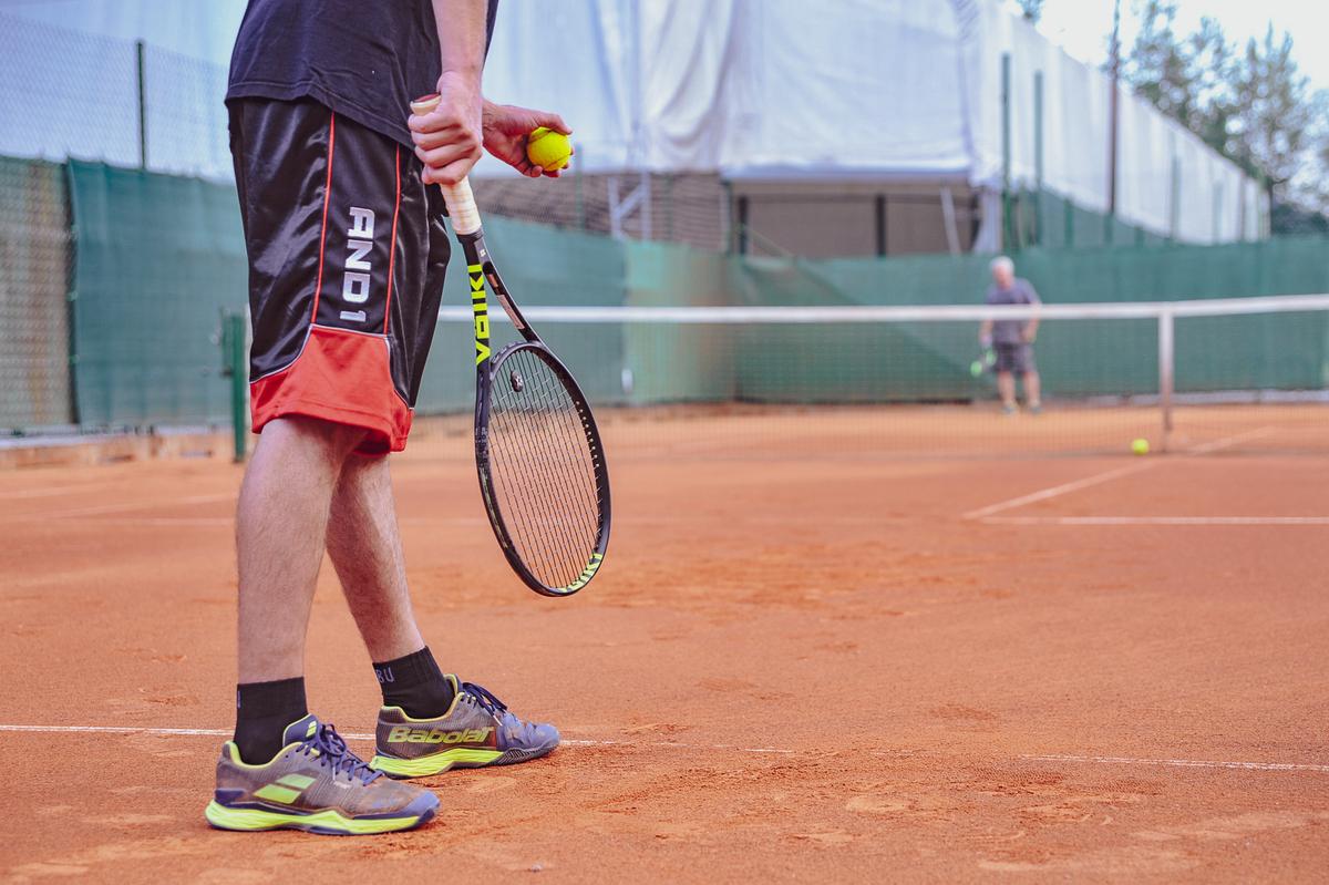 tenis-igrisce